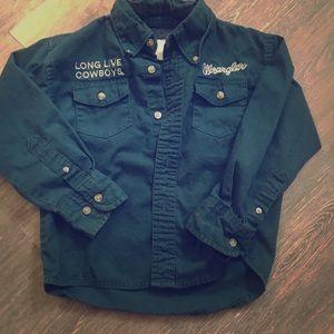 Size 3/4 boys wrangler button up shirt